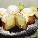 Запеченные яблоки под хрустящим безе