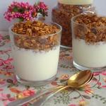 Ореховая гранола с семенами