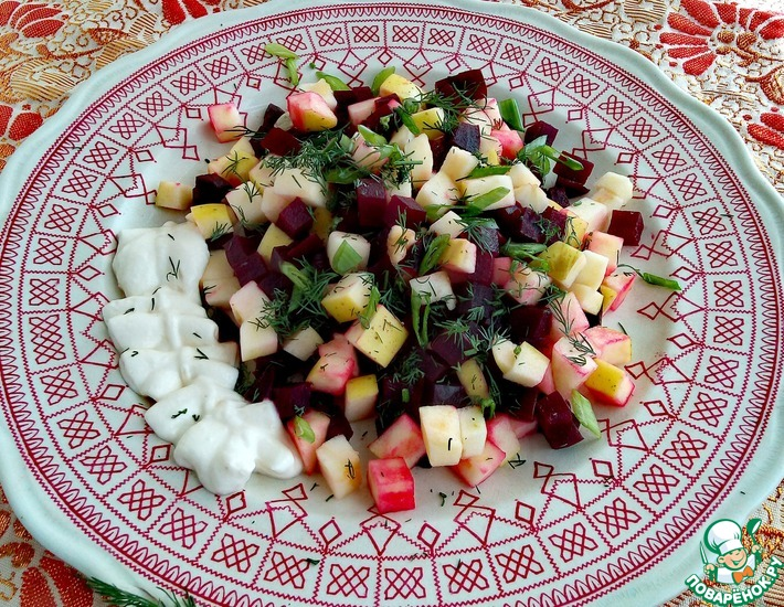 Рецепт: Салат из свеклы и яблока