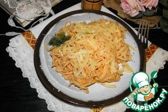Рецепт: Макароны в сырно-томатном соусе