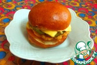 Рецепт: Гамбургеры Золотистые с рубленой куриной котлетой