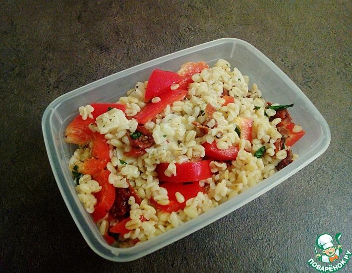Булгур с сушёными томатами и перцем