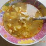 Суп с зелёным горошком и яйцом