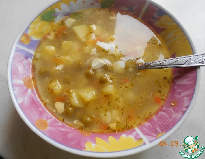Рецепт: Суп с зелёным горошком и яйцом