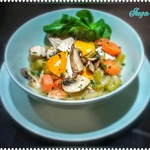 Тушеная индюшатина с грибами и овощами