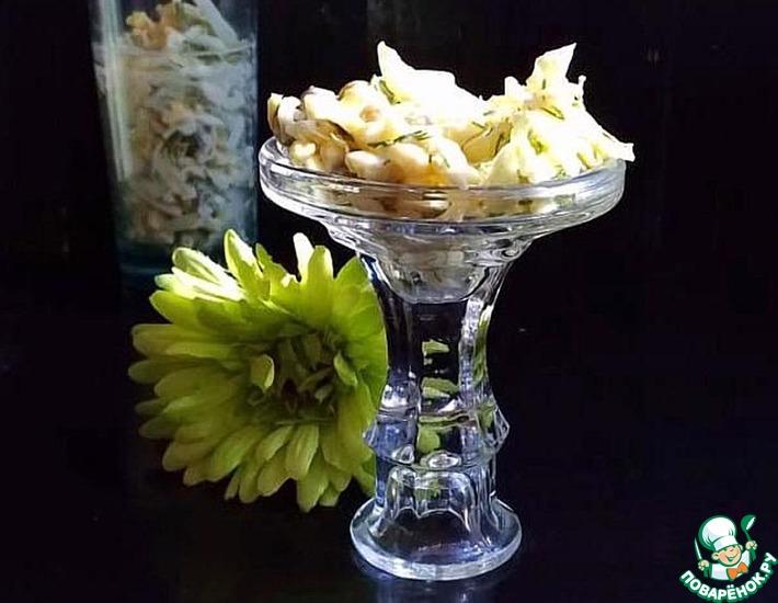 Рецепт: Салат из пекинской капусты «Простой»