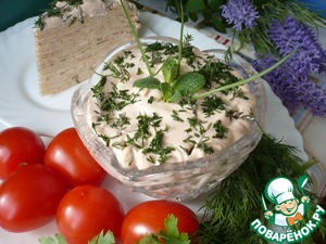 To serve the mousse of fish to the table chilled as a snack, can be used to prepare canapés or sandwiches. I used fish mousse layer pancake cake.    Bon appetit!