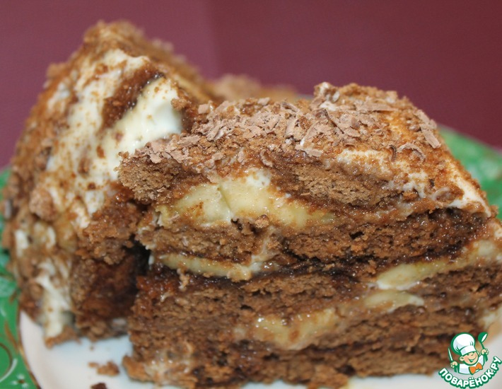 Рецепт: Пряничный торт с бананами и сметаной