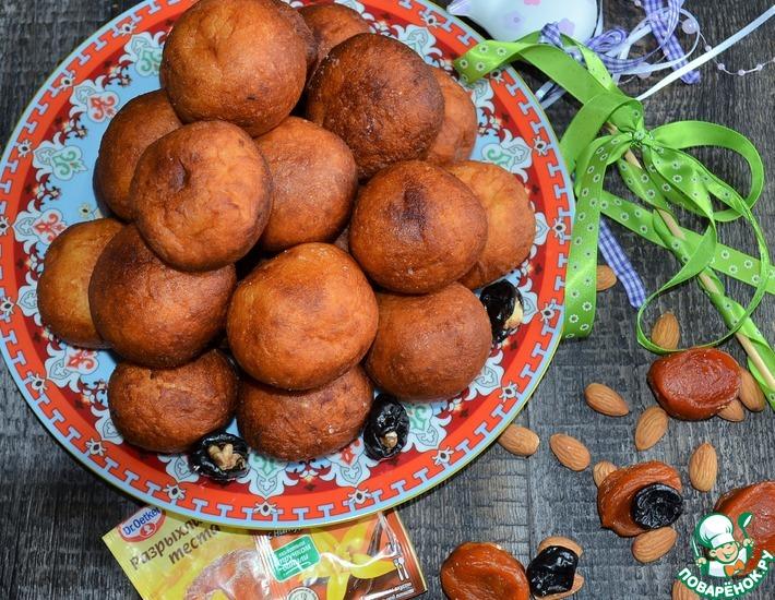 Рецепт: Творожные колобки с сухофруктами и орехами