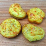 Творожные маффины с сыром