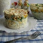 Салат с рисом и яйцами