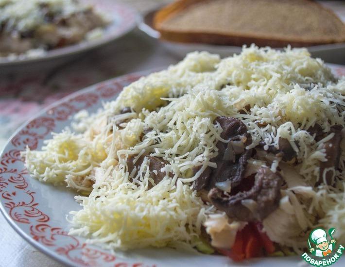 Рецепт: Салат с пекинской капустой и шампиньонами