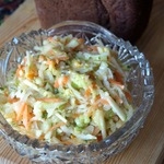 Салат с сельдереем и редькой дайкон