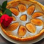 Грушевый пирог с ореховым кремом