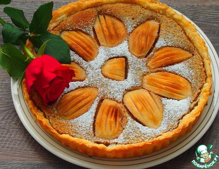 Рецепт: Грушевый пирог с ореховым кремом