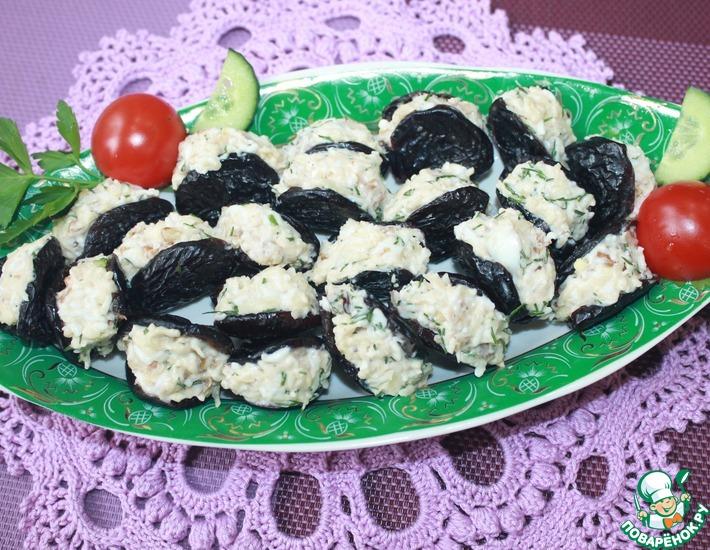 Рецепт: Фаршированный чернослив Сюрприз