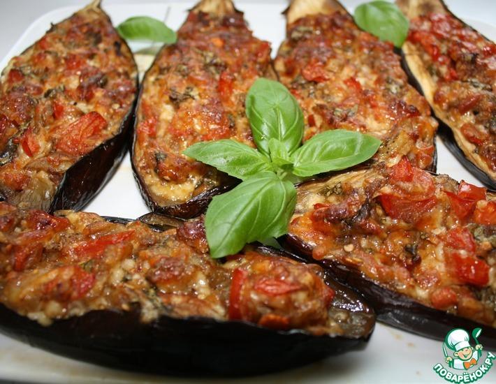Рецепт: Баклажаны, запеченные с помидором и моцареллой