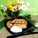 Картофельно-сырные оладьи с черемшой