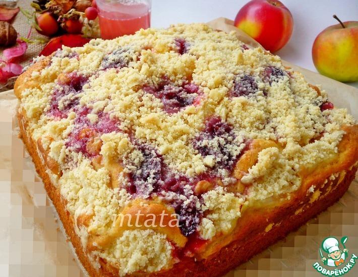 Рецепт: Яблочный пирог с вареньем и штрейзелем