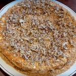 Торт медовик традиционный, с орехами