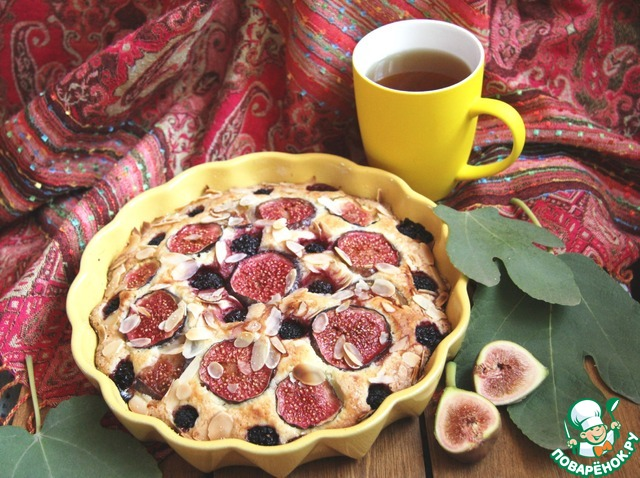 Пирог с инжиром и ежевикой photo