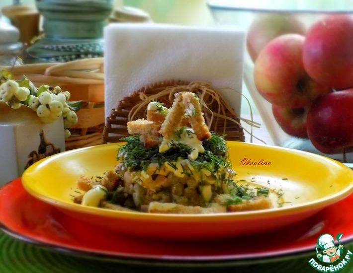 Рецепт: Салат с чёрными домашними сухариками