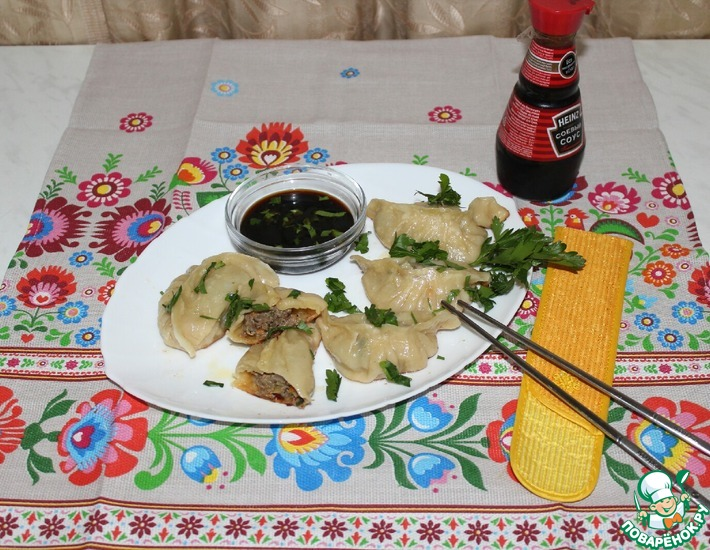 Рецепт: Пельмени по-корейски на сковороде
