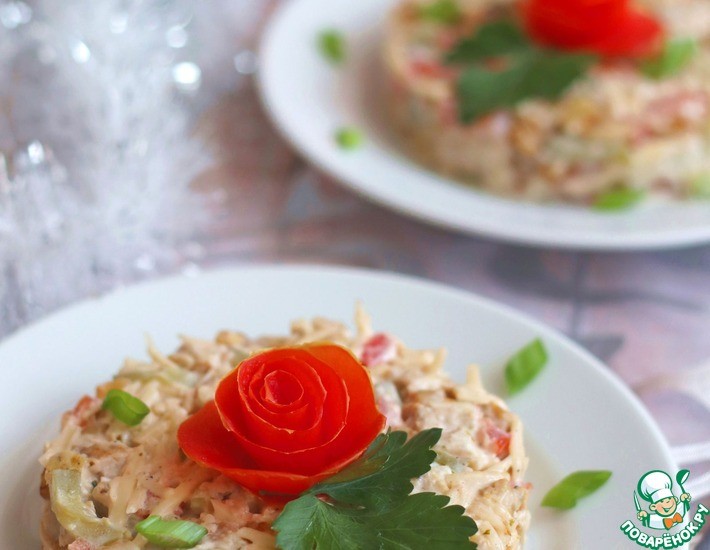 Рецепт: Салат с пряной курицей Зимняя встреча