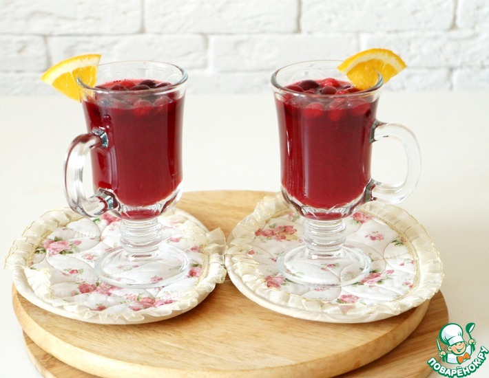 Рецепт: Клюквенный напиток с апельсином