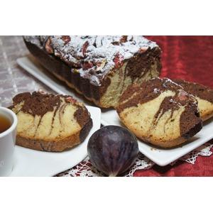 Мраморный кекс с инжиром