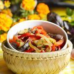 Тёплый салат из баклажанов