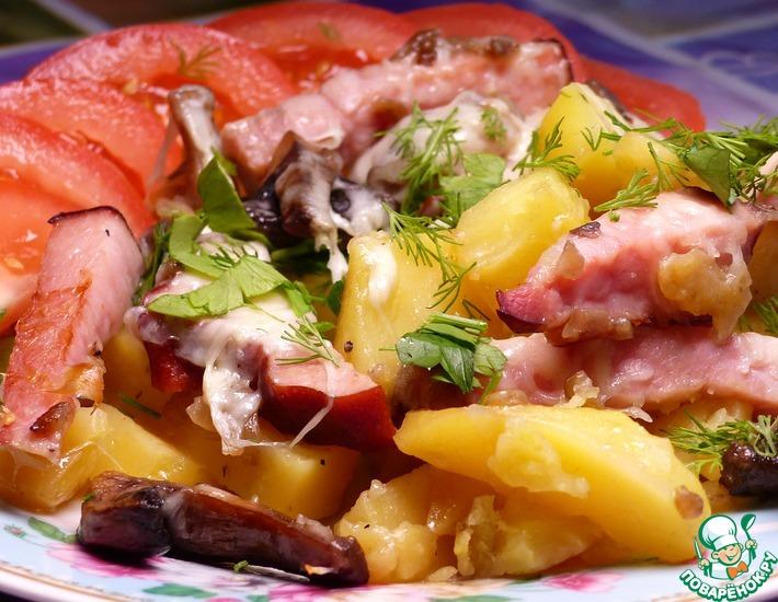Рецепт: Запеченный картофель с бужениной и грибами