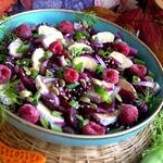 Свекольный салат с малиной