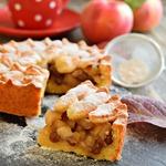Пирог яблочный на соленом тесте