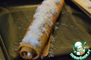 Twist the roll.  Sprinkle the rolls with grated Parmesan cheese.  Bake in preheated oven at 180 for 20 minutes.