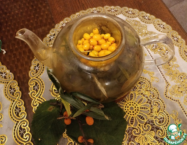 Рецепт: Напиток из облепихи и листьев малины