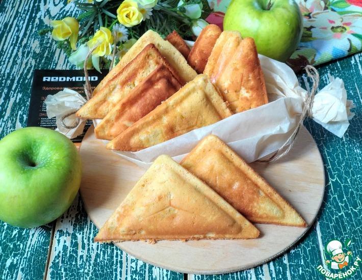 Рецепт: Пирожки Шарлотка в мультипекаре