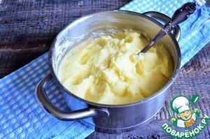 Картофельное пюре с варёными желтками Картофель