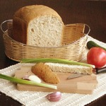 Хлеб с цельнозерновой мукой и семечками