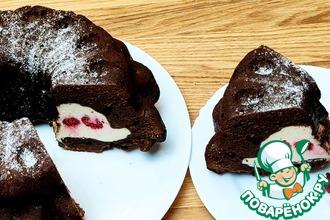 Рецепт: Шоколадный кекс с чизкейком внутри