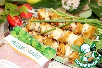 Рецепт: Шашлык из индейки с печеными яблоками