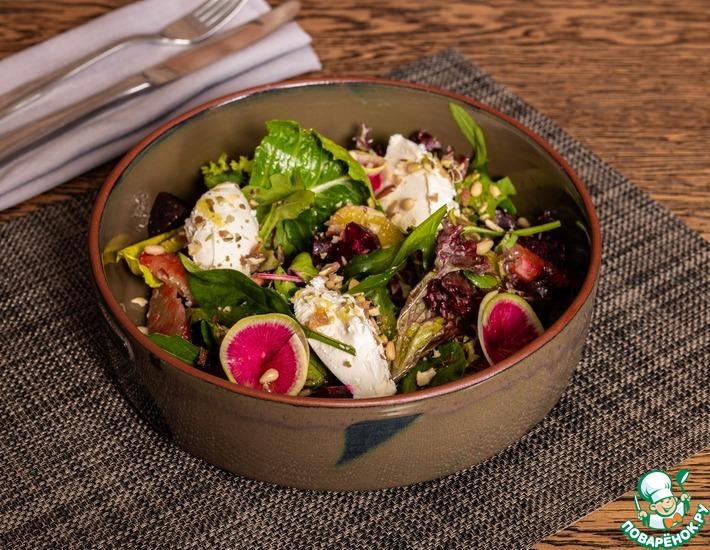 Рецепт: Салат со свеклой и творожным сыром