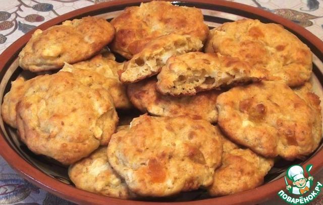 Печенье творожно-овсяное с яблоками и цукатами photo
