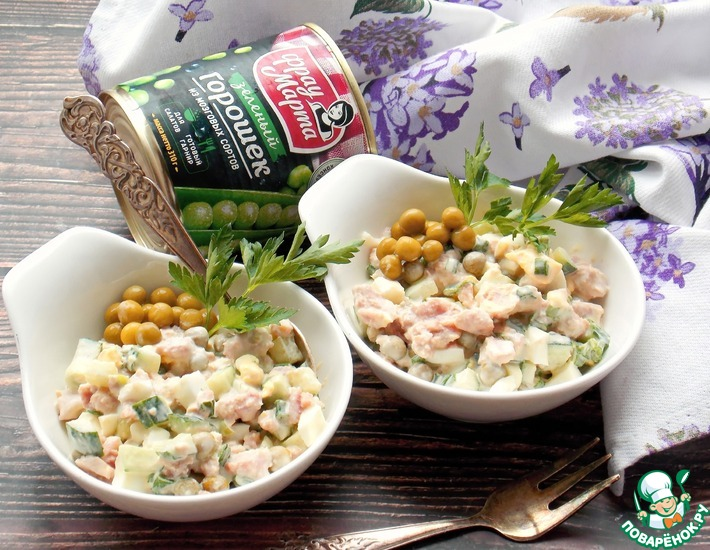Рецепт: Салат с тунцом и зеленым горошком