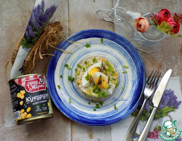 Рецепт: Салат с кукурузой и печенью трески