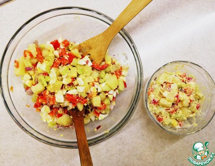Рецепт: Картофельный салат с яйцом и овощами