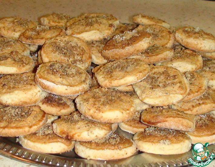 Рецепт: Белково-ореховое печенье на смальце