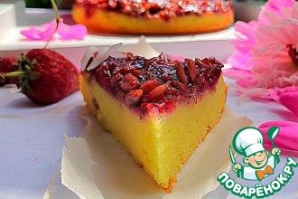 Рецепт: Перевёрнутый пирог с клубникой и семечками
