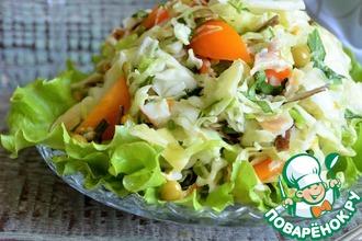 Рецепт: Капустный салат с копчёной камбалой