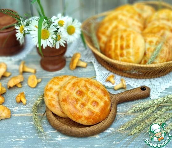 Пирожки с картошкой и лисичками